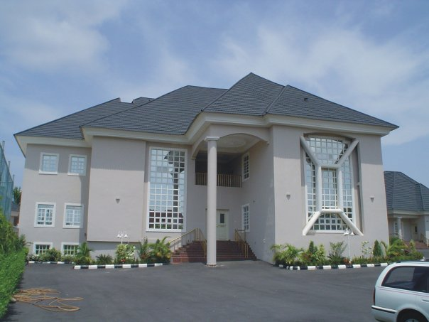 Photos of africa rarely shown in america the sundowner for Pictures of beautiful houses in nigeria